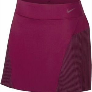 """Nike Women's 15"""" Golf Skirt Dri-FIT w/ Inner Short"""